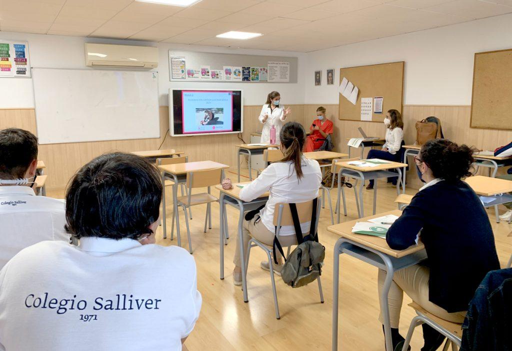 curso-reanimacion-pulmonal-colegio-salliver-1