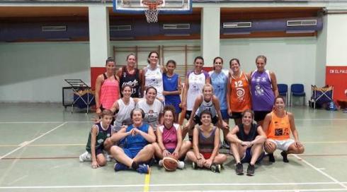 La Liga de baloncesto femenino +35 arranca con récord de inscritos