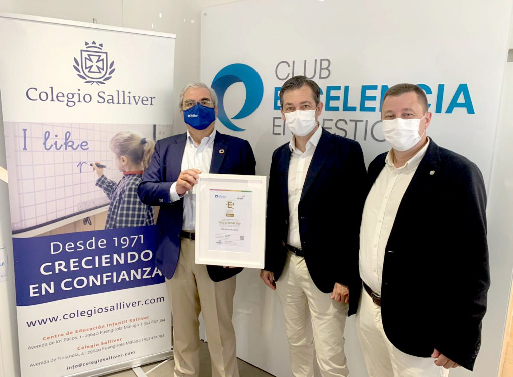 Ignacio Babé, CEO y Secretario General del Club Excelencia en Gestión, José Julio Revillas, Director Pedagógico de Colegio Salliver, y José Miguel Alarcón, responsable de Calidad.